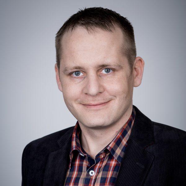 Stefan Tolle